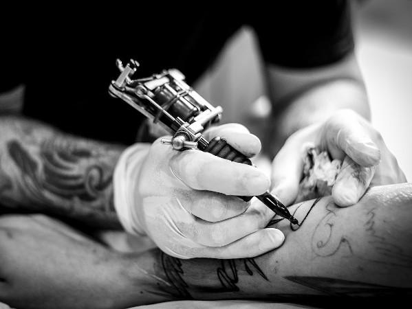 Tattoos als wirksame Patientenverfügung? – Das sagt die Rechtslage in Österreich